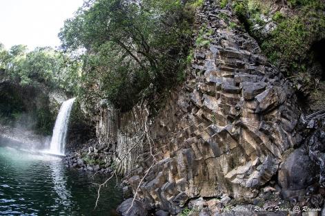 レユニオン島はたくさんの滝が有名。